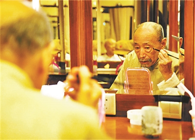 北京人艺著名表演艺术家朱旭病逝 享年88岁