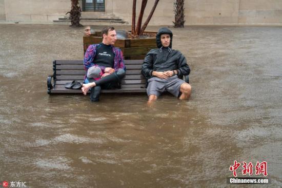 """洪灾来了!""""佛罗伦斯""""袭美致10余死 百万人强制撤离"""