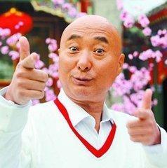 63岁陈佩斯近照曝光,基因强大,爷孙三代撞脸,儿子娶90后性感娇妻