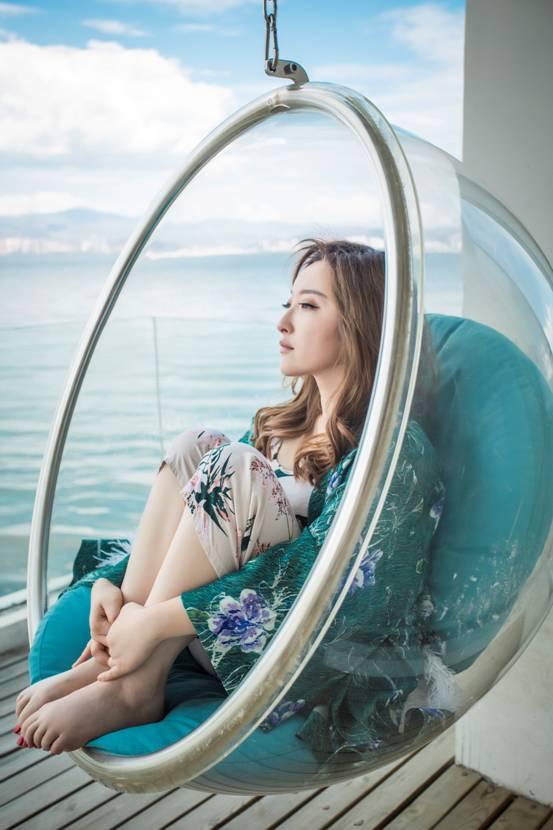 金美儿全新单曲发行在即 清新甜美写真抢先曝光
