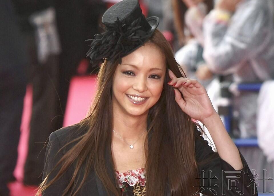 安室奈美惠在家乡日本冲绳举行隐退前最后演出