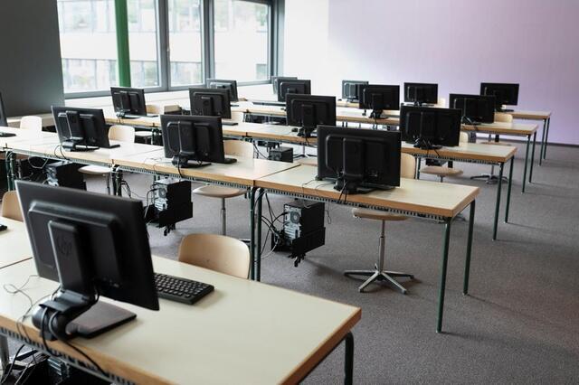 调查:瑞士IT业2026年或面临4万专业人才缺口