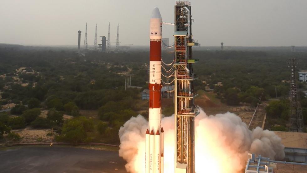 印度称明年发射首枚小型火箭:可搭载500公斤卫星