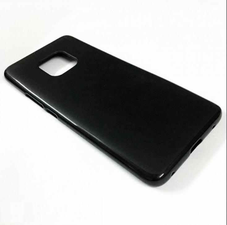 华为Mate20系列手机壳曝光 或保留耳机插孔