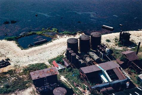 震惊!摄影师航拍美国多处破坏环境高危场所
