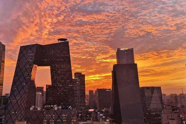 最美晚霞 感受一下今晚北京有多美