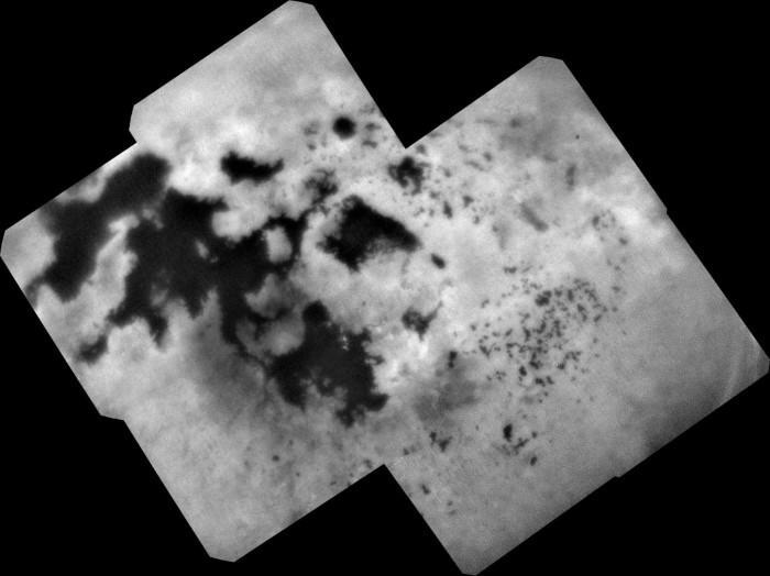 NASA公布卡西尼号坠毁前拍到的泰坦极地湖照片