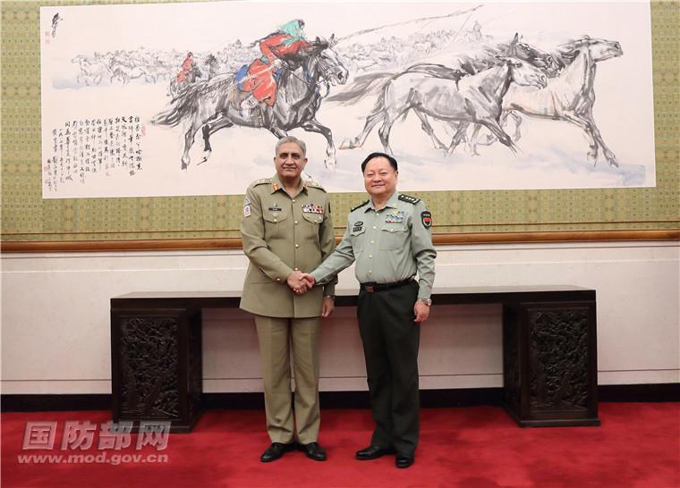 张又侠会见巴基斯坦陆军参谋长巴杰瓦