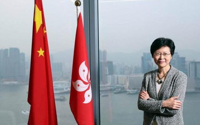 林郑月娥:感谢香港各界齐心抗灾 要做好善后工作