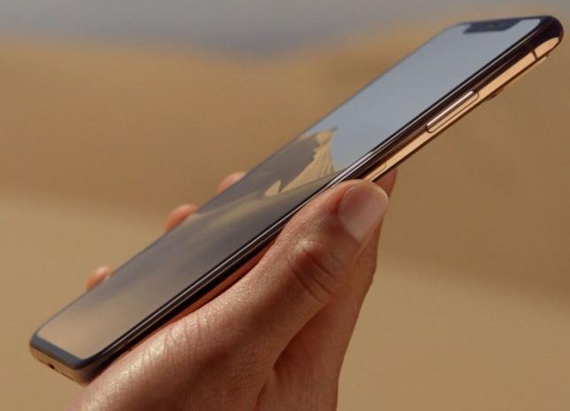 首批iPhone XS/XS评测机开箱视频