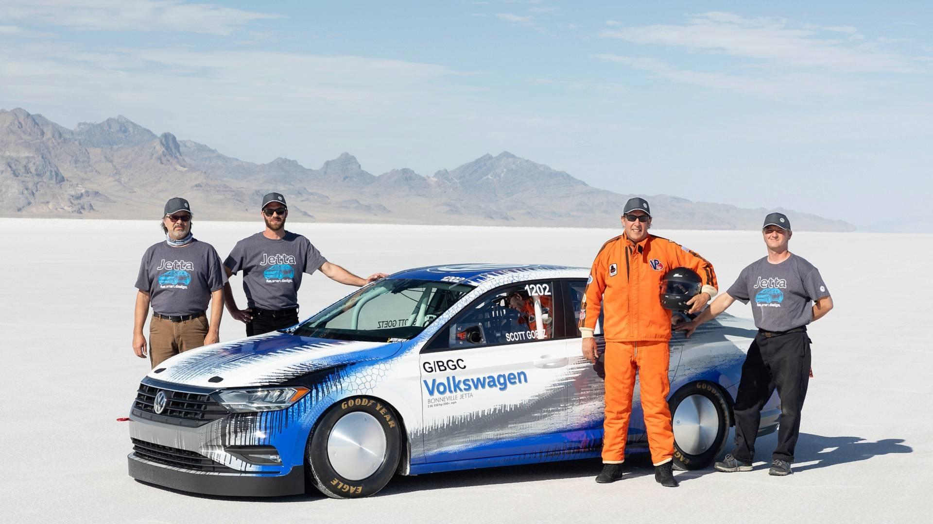 大众改装Jetta时速达338公里 刷新速度纪录