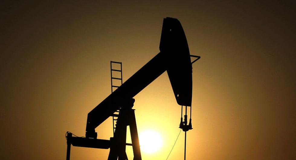 俄媒:美国石油产量首超俄罗斯 成世界第一产油国