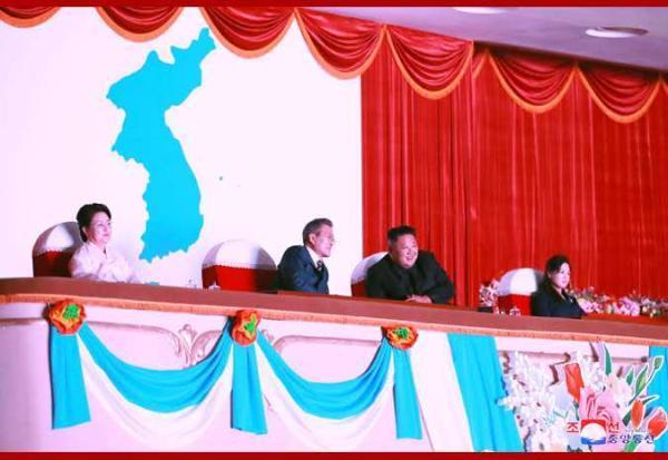 朝中社披露朝韩欢迎演出盛况:洋溢统一热望和民族情趣