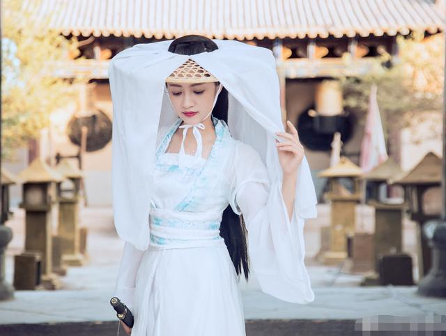 """""""上海第一美女""""轻生,背后原因令人心酸,遇到对的人多么重要!"""