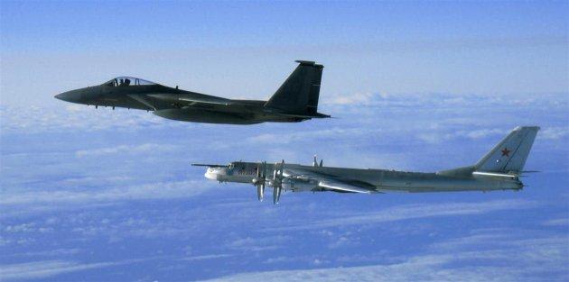俄罗斯多型战机飞临日本海 日战机紧急升空应对