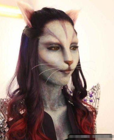 非诚勿扰:女嘉宾全程戴猫脸面具,当摘下面具的那一刻,全场沸腾