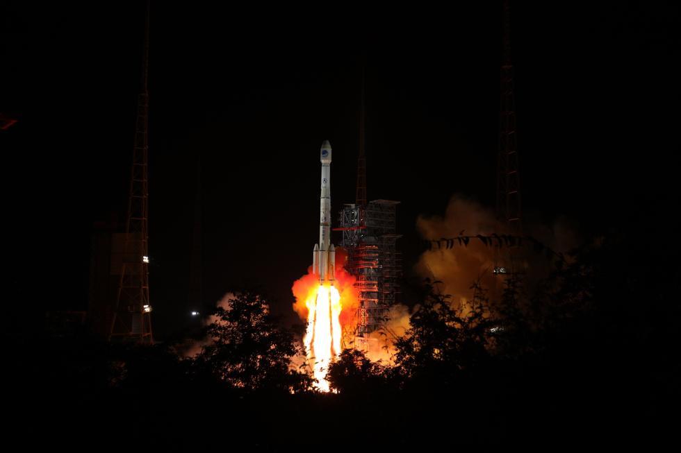 两颗北斗卫星一箭双发 首次加装全球搜救载荷