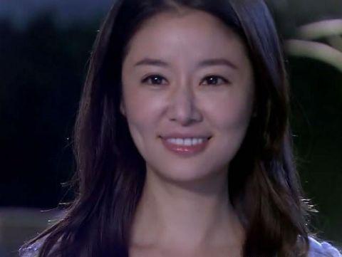 林心如的大眼睛,杨幂的大眼睛,杨颖的大眼睛,却都输给了她!