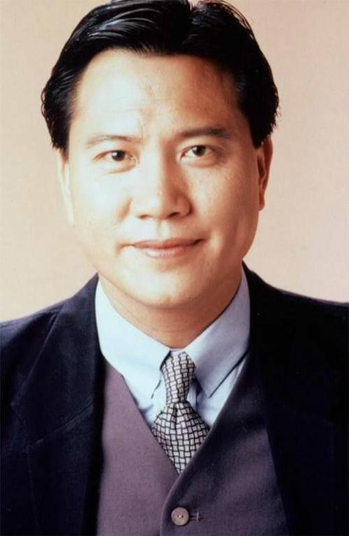 香港戏王万梓良,61岁近况不好,遗传性糖尿病,身体状况越来越差,自称随时都会去