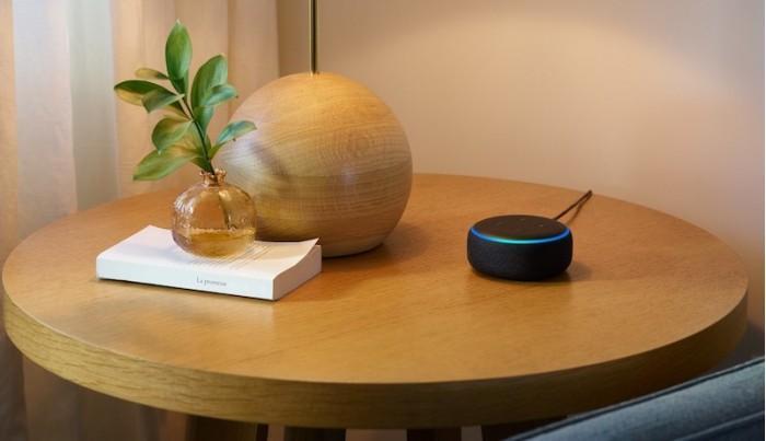 亚马逊Echo系列扩容:智能音箱、低音炮、墙钟亮相