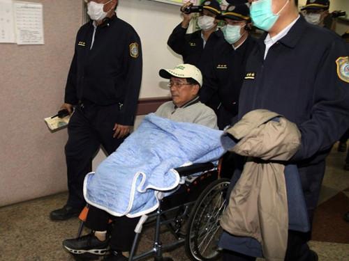 陈水扁保外就医频踩红线 台媒批:台司法威信命悬一线