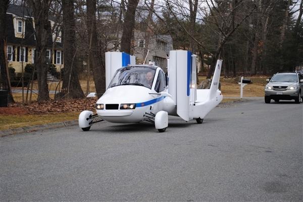 吉利旗下全球首款量产飞行汽车下月预售