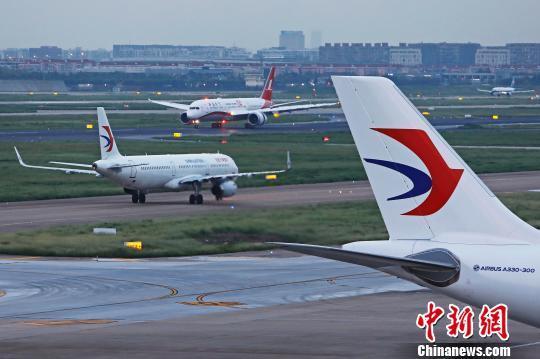 上航首架波音787-9梦想飞机抵达上海