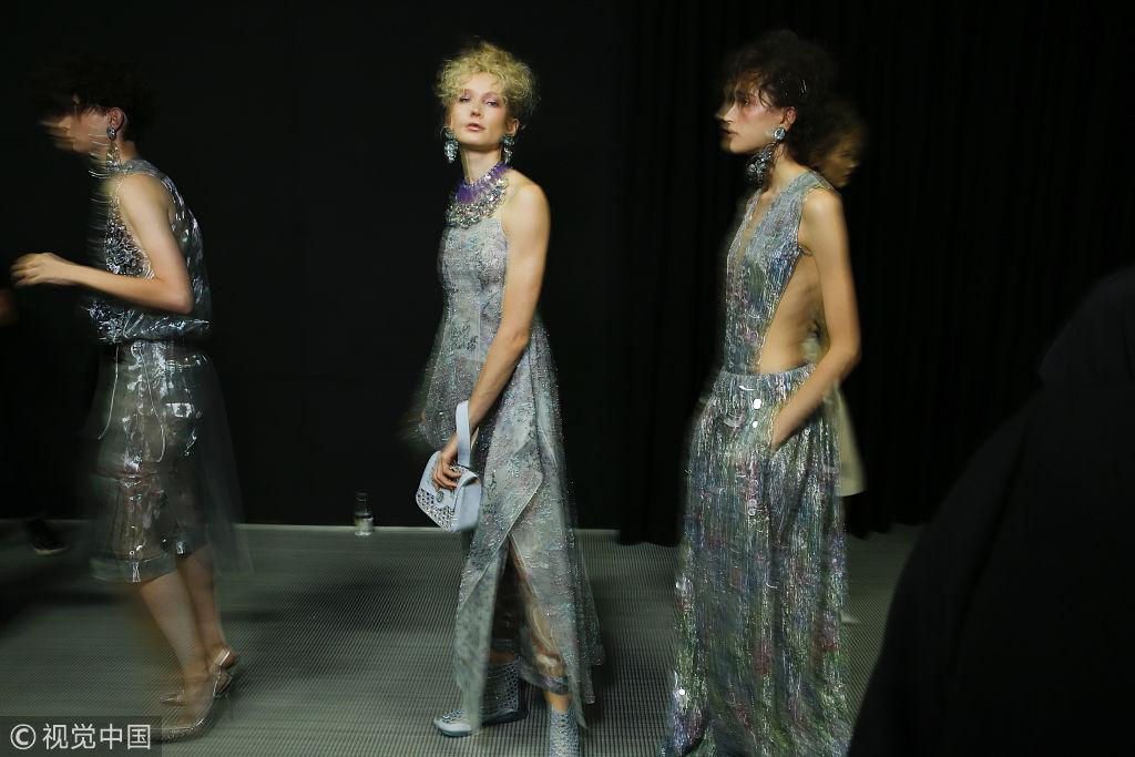 2019春夏米兰时装周:Giorgio Armani 后台花絮