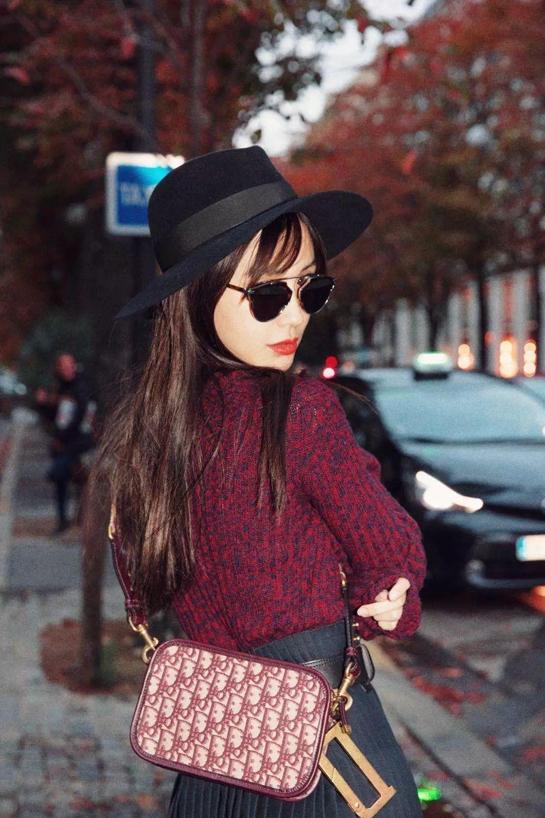 杨颖王子文QueenS邀你抛掉无味,一起在Dior摩登一下!