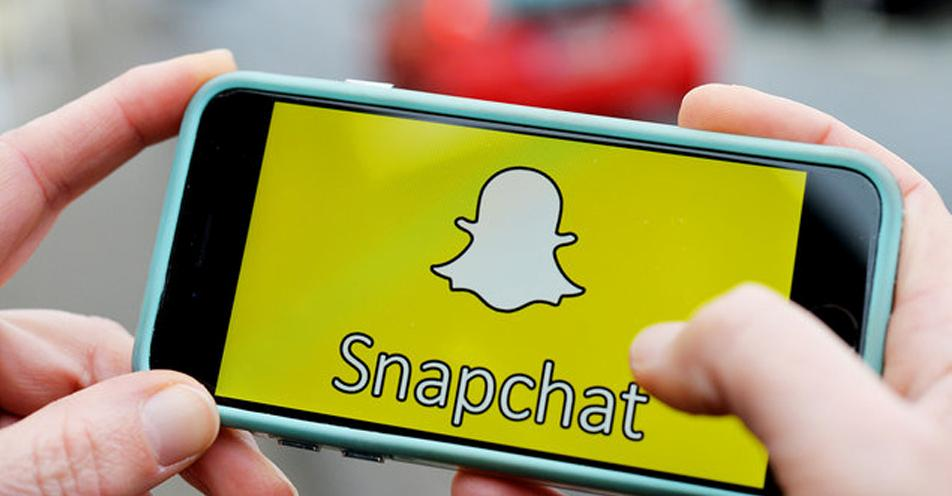 """亚马逊与Snapchat合作 用户可以""""扫一扫""""购物"""