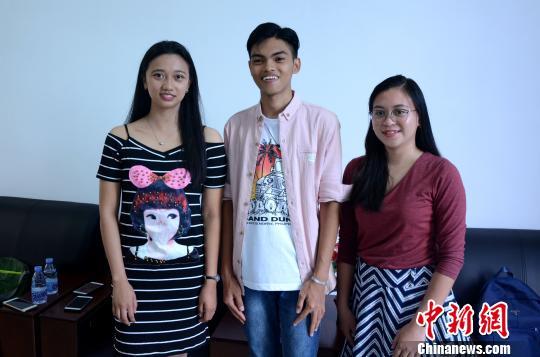 菲律宾青年留学中国:毕业后回去当中文老师