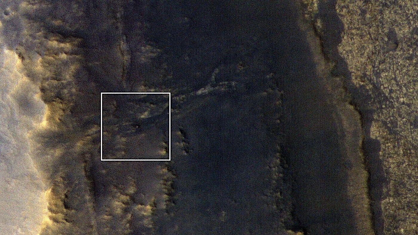 """NASA已拍照获取""""机遇号""""火星探测器最新位置"""