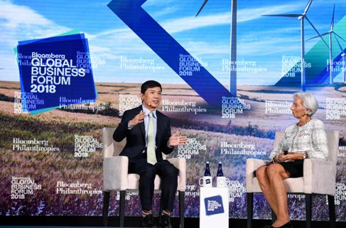 李彦宏对话拉加德:互联网是前菜 AI才是主菜