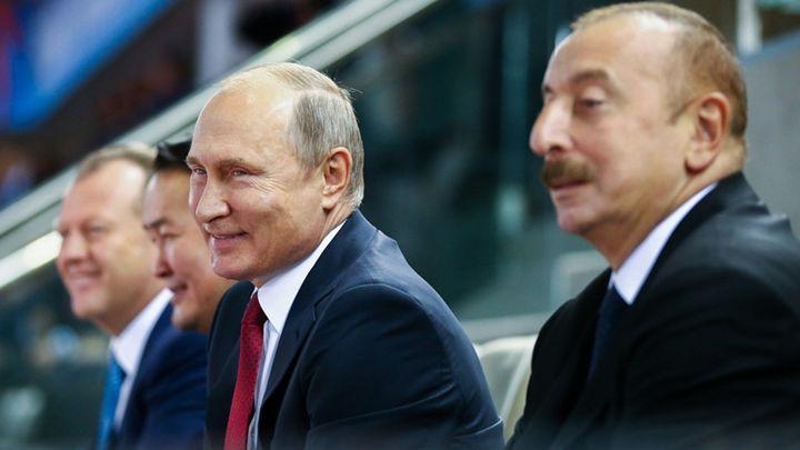 普京访问阿塞边疆 观看32届世界柔道锦标赛