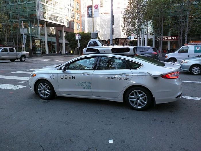 不想错过未来 奥迪奔驰宝马都在华测试无人驾驶