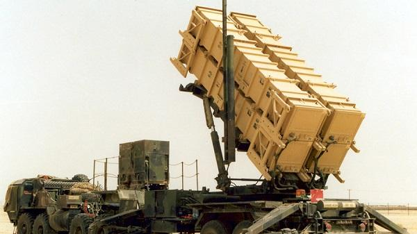 """S-300来了""""爱国者""""却要走:美从中东撤出4枚导弹"""