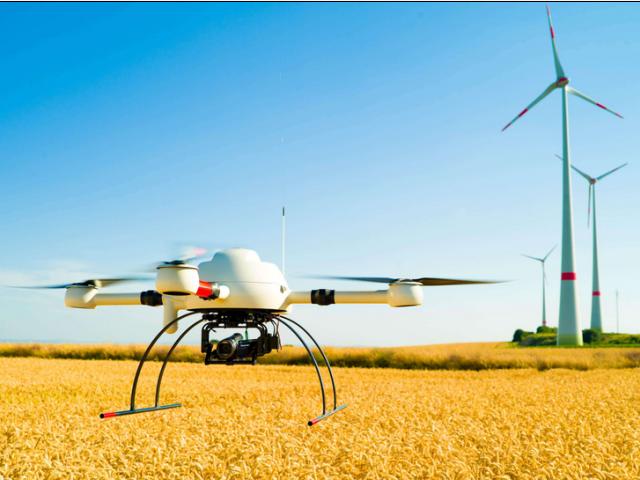 """无人机已成为""""会飞的生产工具"""""""