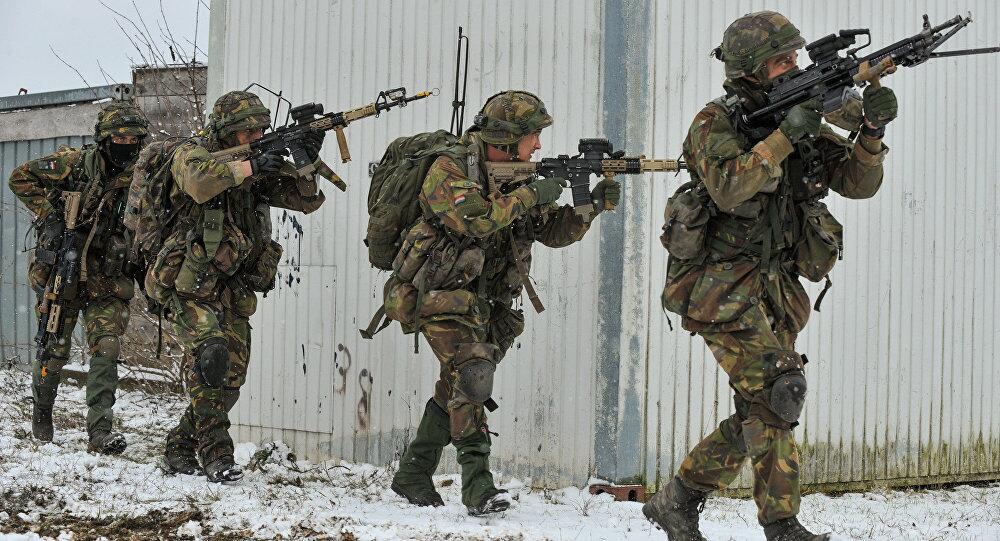 """""""冷战""""? 荷兰军队赴挪威参加北约军演没冬装"""