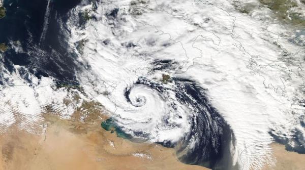 """强劲且罕见的""""地中海飓风""""周末将北上,冲击希腊土耳其等地"""