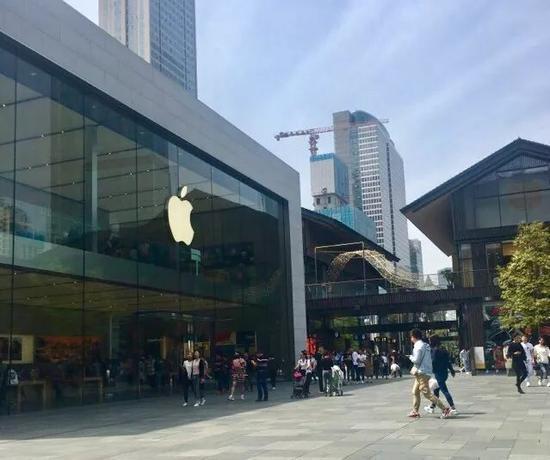 苹果失宠:新iPhone问题诸多 被指与价格不匹配