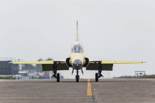 FTC-2000G飞机。本文图片均来自中国航空新闻网