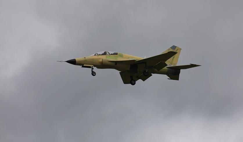 我国自主研发多用途飞机FTC-2000G成功首飞