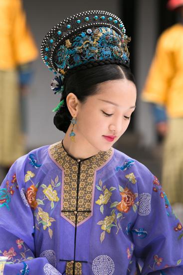 """《如懿传》发纪录片 周迅谈如懿""""防御型攻击"""""""