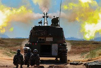 炮兵部队实弹打击锤炼实战能力