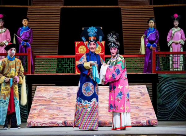 大型原创徽剧《徽班》在京上演