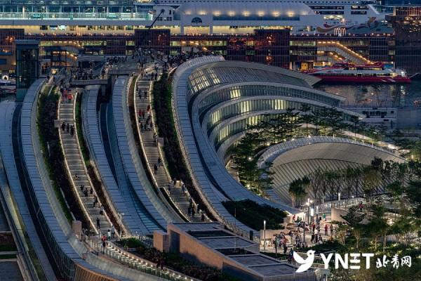 香港:广深港高铁迎来国庆客流高峰考验