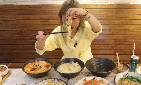 王晶吃过的上海面食,大胃王密子君也来尝试,价格曝光后路人愣了