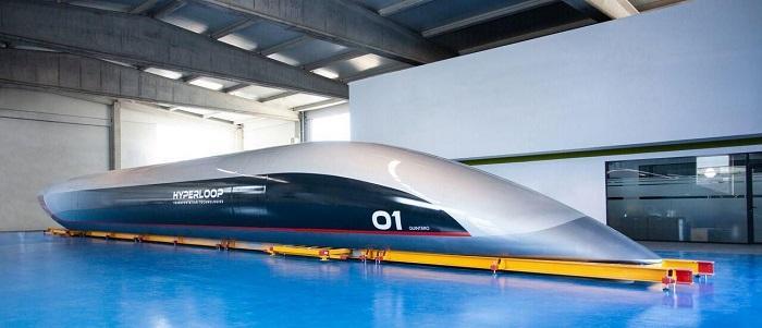 全尺寸Quintero One超级高铁乘员舱亮相