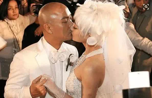 33岁嫁给张卫健, 为怀孕打排卵针又丑又胖, 现44岁美成18岁
