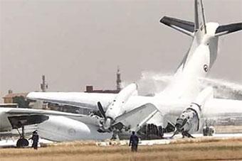 苏丹空军黑暗一日:2架运输机同一机场双双坠毁